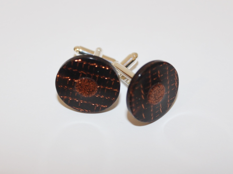 the completed cufflinks